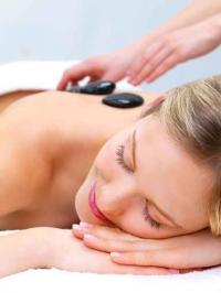 photo Massage aux Pierres Chaudes